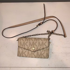 Small Michael Kors wallet purse